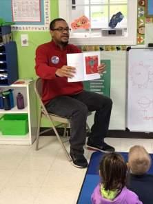 eyen reading to preschoolers